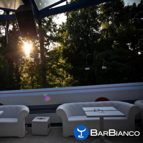 Bar Bianco Milano giardini montanelli